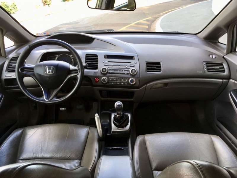 Honda Civic Sedan LXS 1.8 - Foto #5
