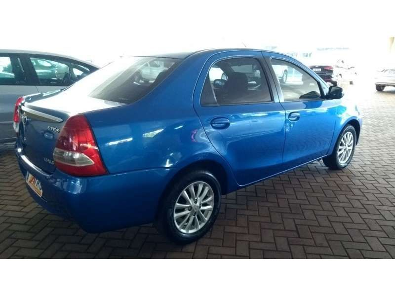 Toyota Etios Sedan XLS 1.5 (Flex) - Foto #4