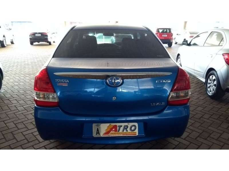 Toyota Etios Sedan XLS 1.5 (Flex) - Foto #9
