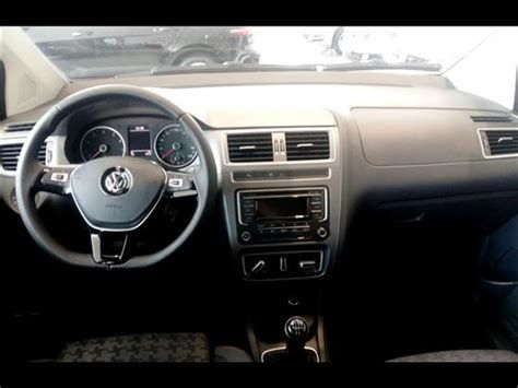 Volkswagen Fox 1.0 MPI Comfortline (Flex) - Foto #1