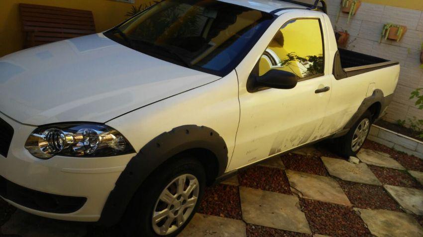 Fiat Strada Trekking 1.6 16V (Flex) - Foto #1