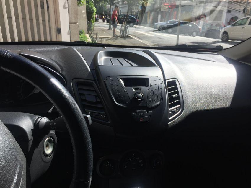 Ford Fiesta Hatch 1.6 (Flex) - Foto #7