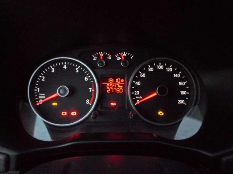 Volkswagen Voyage (G6) 1.0 TEC Total Flex - Foto #10