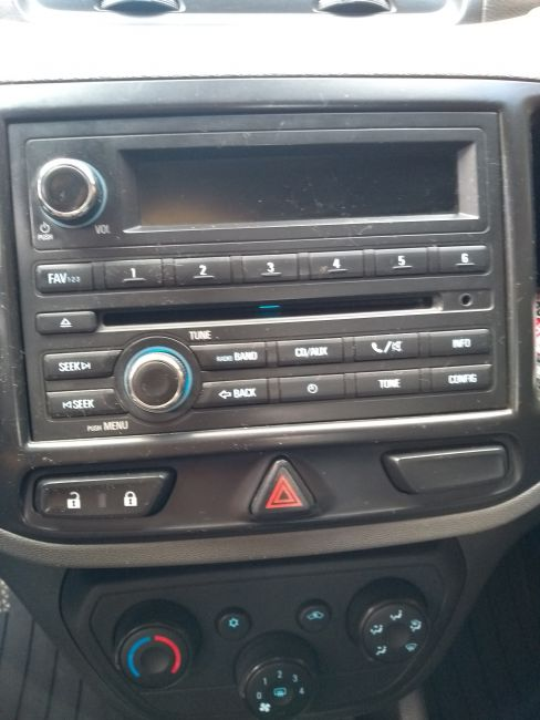 Chevrolet Spin LT 5S 1.8 (Aut) (Flex) - Foto #5