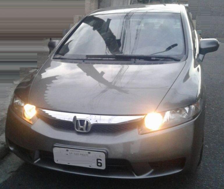 Honda Civic 1.8 i-VTEC LXS (Flex) - Foto #1