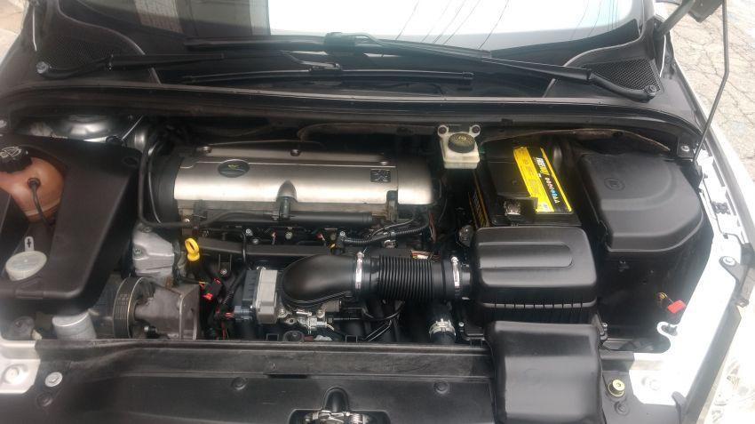 Peugeot 307 SW 2.0 16V - Foto #4