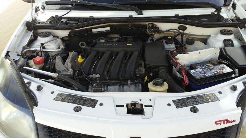 Renault Sandero GT Line 1.6 16V (Flex) - Foto #6