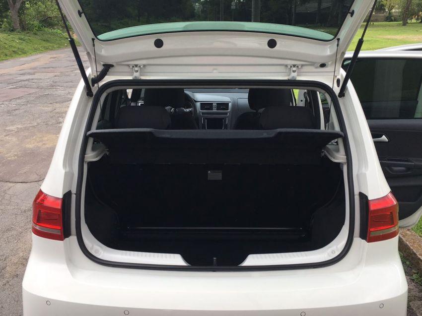 Volkswagen Fox Comfortline 1.6 MSI (Flex) - Foto #4