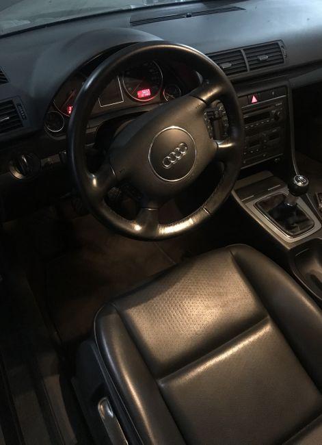 Audi A4 Avant 1.8 20V Turbo (multitronic) - Foto #4