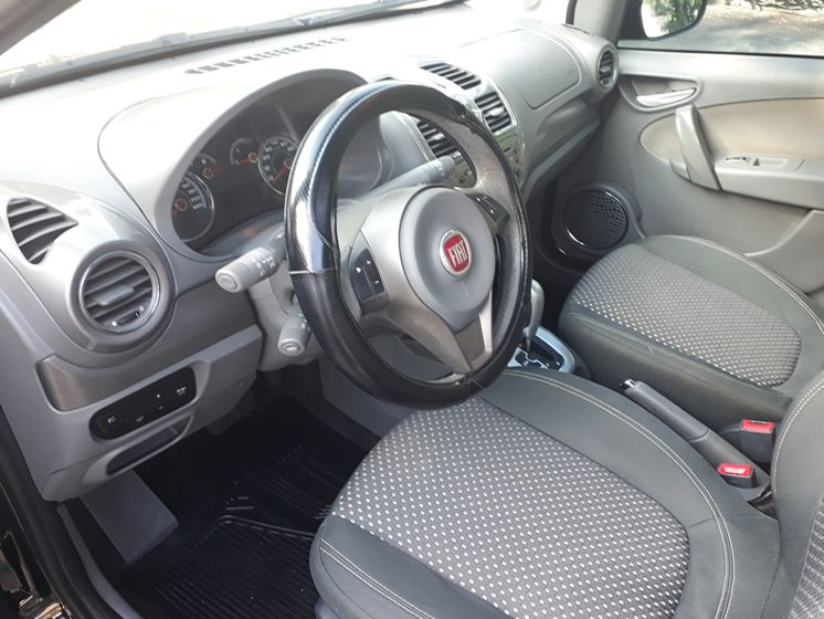Fiat Grand Siena 1.6 Essence Dualogic (Flex) - Foto #5