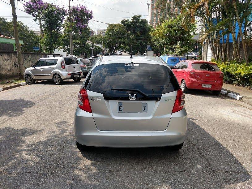 Honda Fit LX 1.4 (flex) - Foto #8
