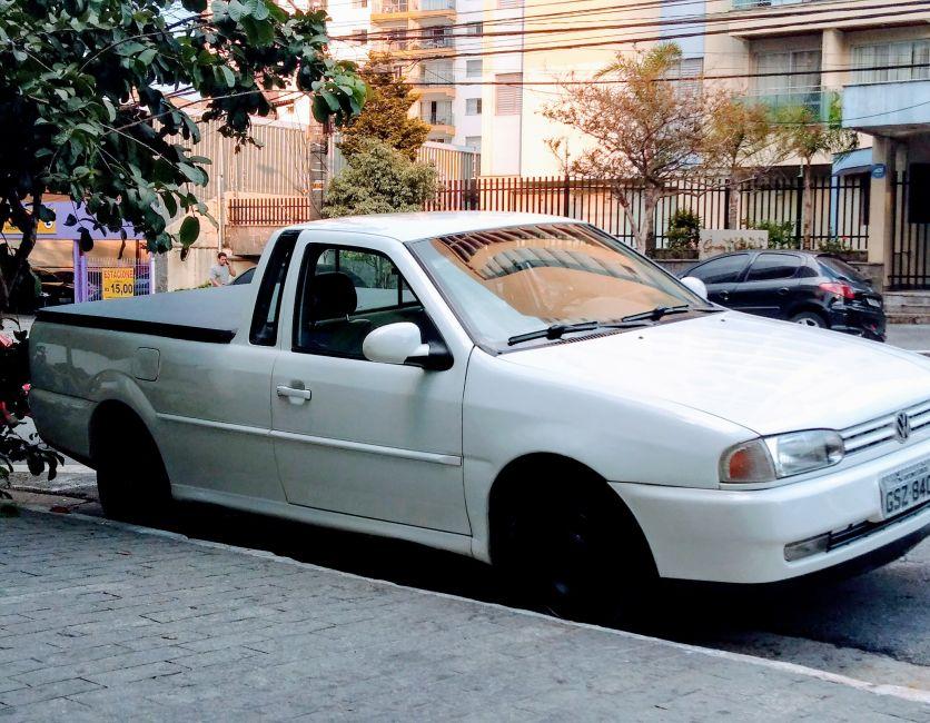 Volkswagen Saveiro 1.6 MI (comercial) - Foto #1