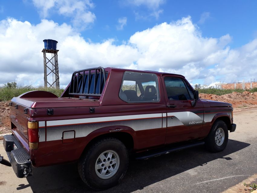 Chevrolet D20 Pick Up Custom Luxe 4.0 (Cabine Dupla) - Foto #4