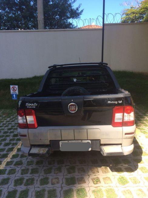 Fiat Strada Working 1.4 (Flex)(Cabine Dupla) - Foto #2