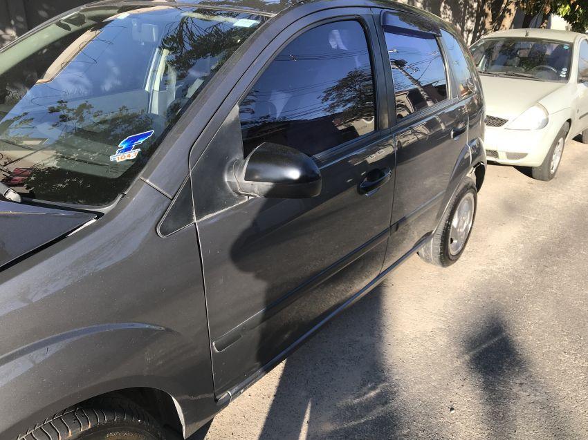 Ford Fiesta Hatch GLX 1.6 MPi 4p - Foto #4