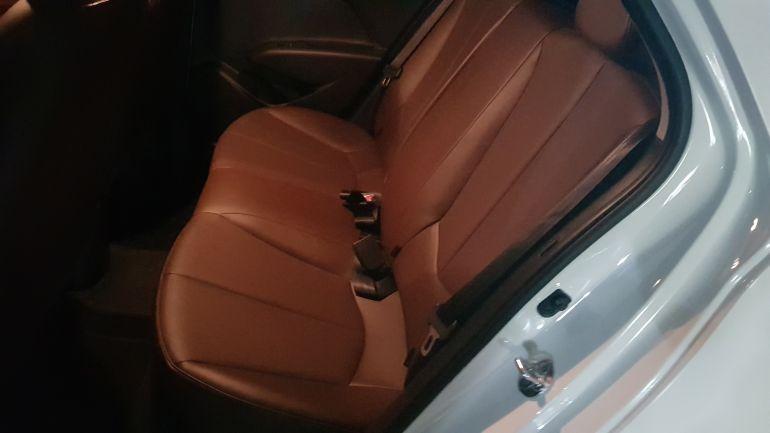 Hyundai HB20X Premium 1.6 (Aut) - Foto #2