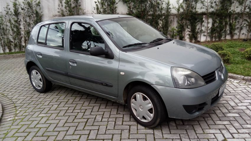 Renault Clio Authentique 1.0 16V (Flex) 4p - Foto #9