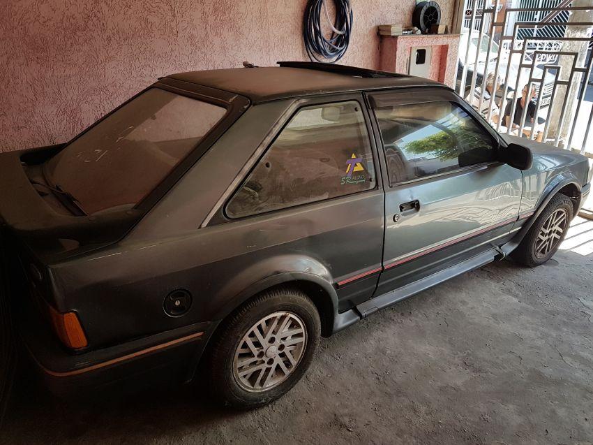 Ford Escort Hatch XR3 1.8 - Foto #1