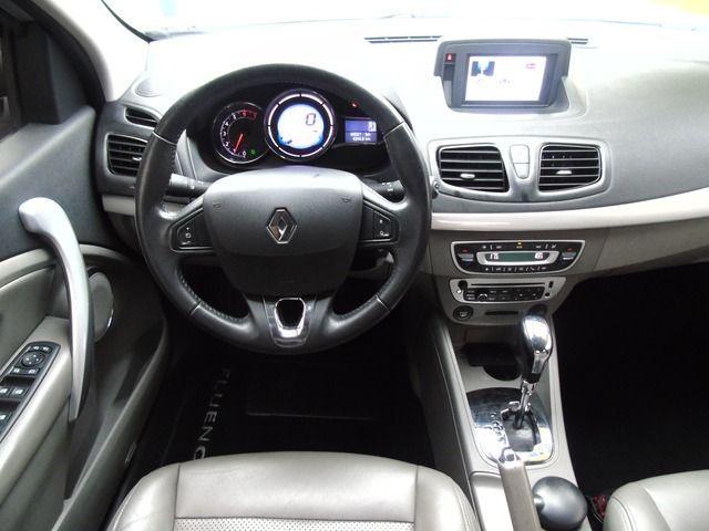 Renault Fluence Privilège CVT 2.0 16V HI-Flex - Foto #6