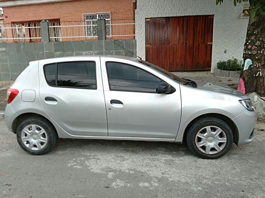 Renault Sandero Authentique 1.0 16V (Flex) - Foto #2