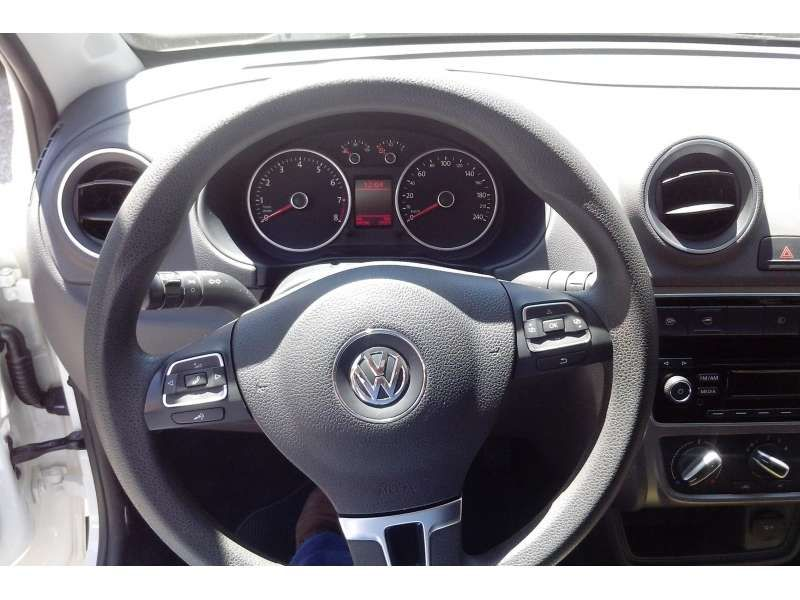 Volkswagen Gol 1.6 VHT (Flex) 4p - Foto #8