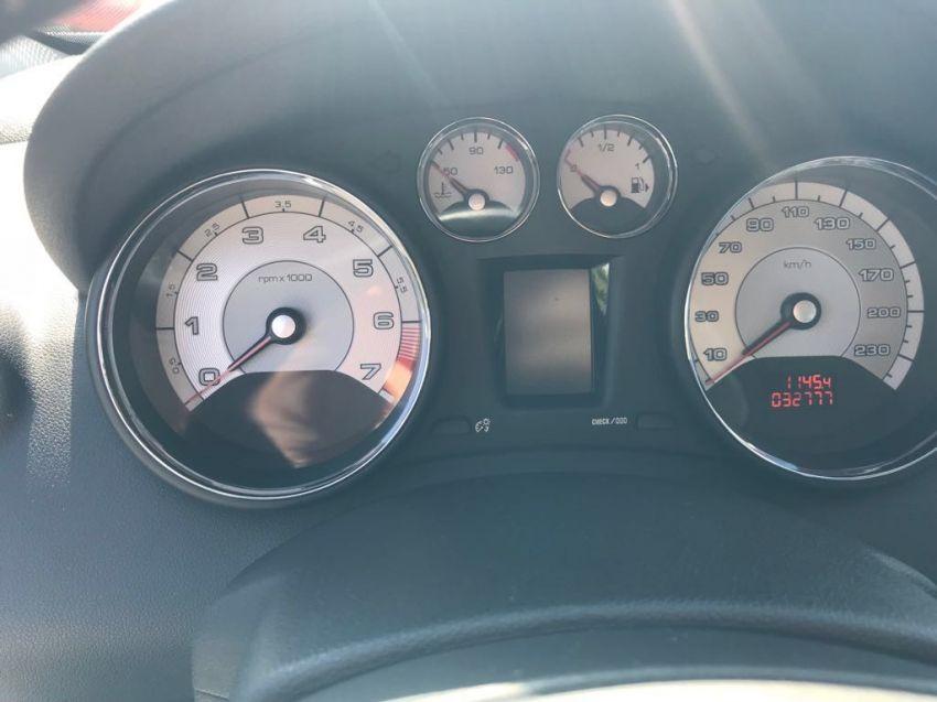 Peugeot 308 1.6 THP Griffe (Aut) - Foto #2