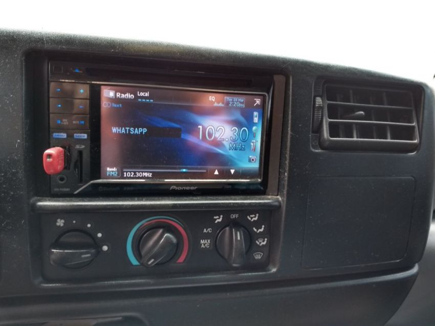Ford F250 XLT 3.9 (Cab Simples) - Foto #1