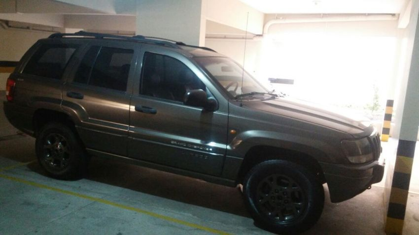 Jeep Cherokee 3.2 V6 Limited 4WD - Foto #1