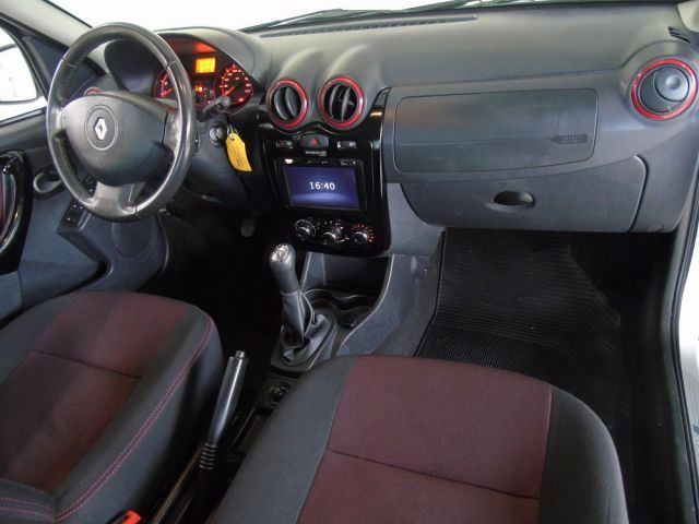 Renault Sandero Stepway 1.6 16V Hi-Flex - Foto #7