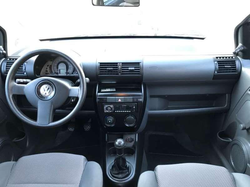 Volkswagen Fox 1.0 8V (Flex) 4p - Foto #8