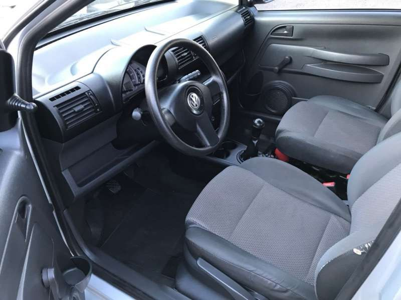 Volkswagen Fox 1.0 8V (Flex) 4p - Foto #10