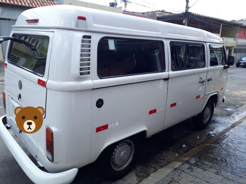 Volkswagen Kombi Lotação 1.4 (Flex) - Foto #1