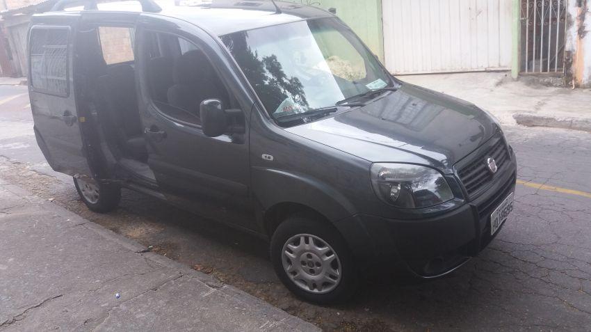 Fiat Doblò HLX 1.8 8V (Flex) - Foto #3
