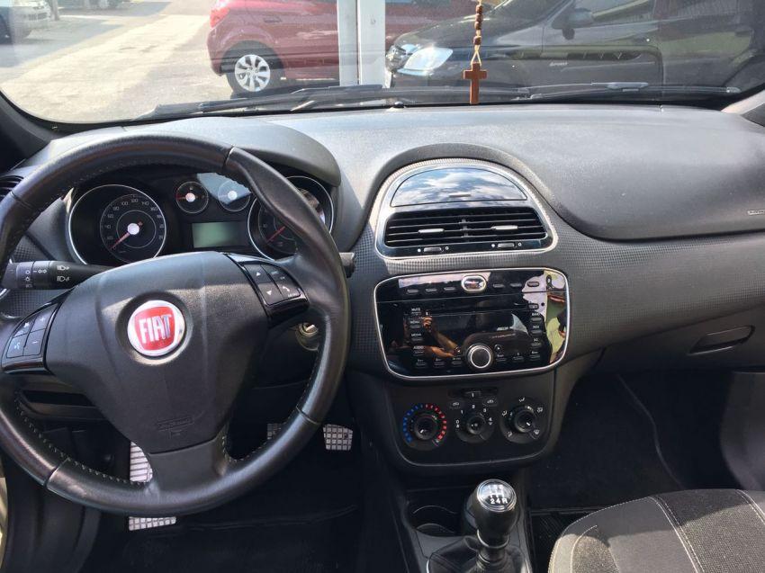 Fiat Punto BlackMotion 1.8 16V (Flex) - Foto #3