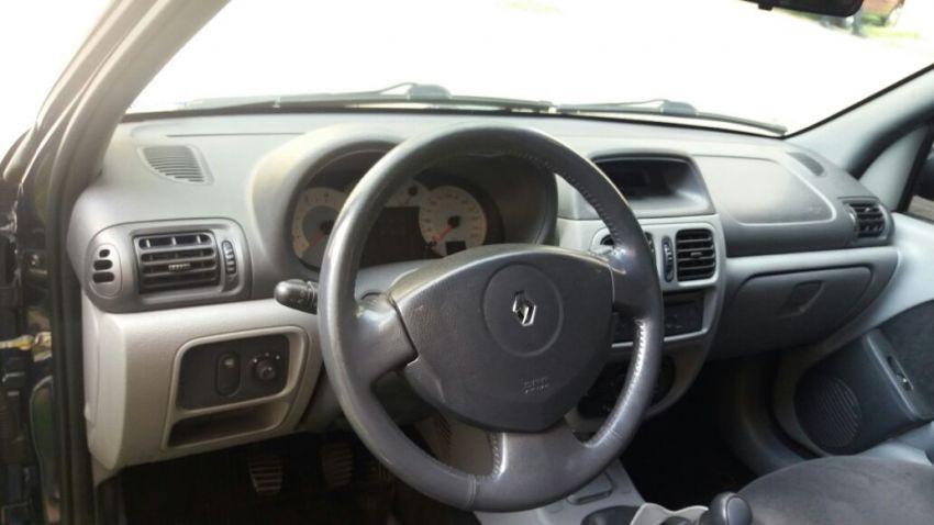 Renault Clio Hatch. Privilége 1.0 16V (flex) - Foto #1