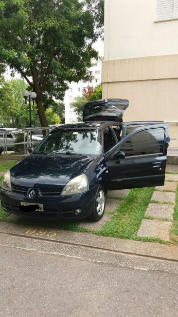 Renault Clio Hatch. Privilége 1.0 16V (flex) - Foto #8