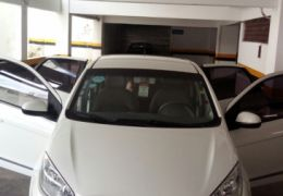 Fiat Grand Siena Essence Dualogic 1.6 (Flex) - Foto #1