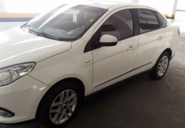 Fiat Grand Siena Essence Dualogic 1.6 (Flex) - Foto #5