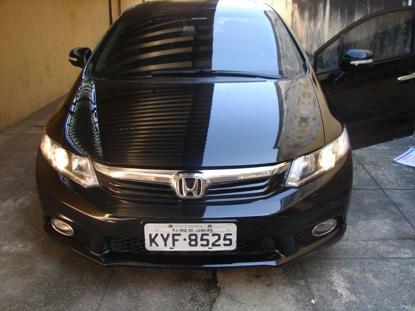 Honda New Civic EXS 1.8 16V i-VTEC (aut) (flex) - Foto #1