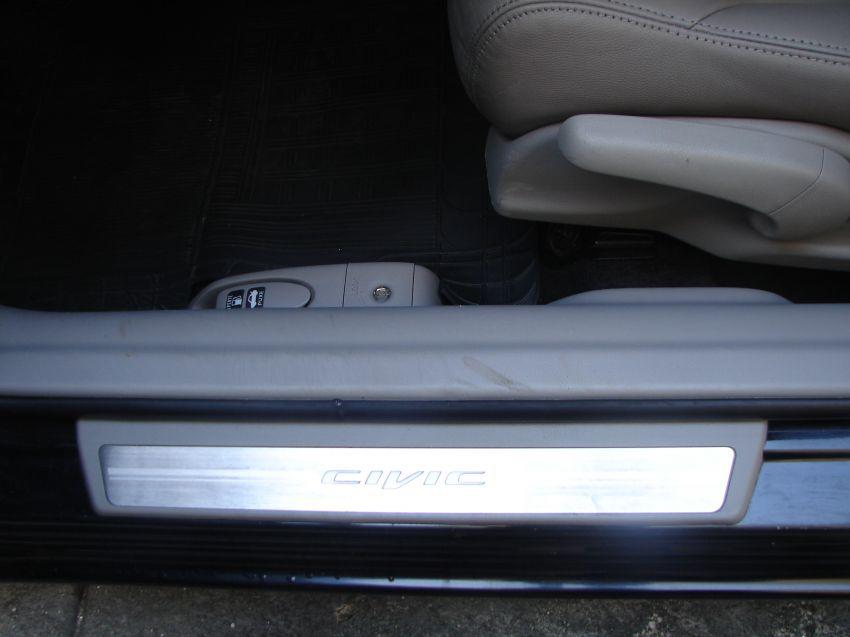 Honda New Civic EXS 1.8 16V i-VTEC (aut) (flex) - Foto #7