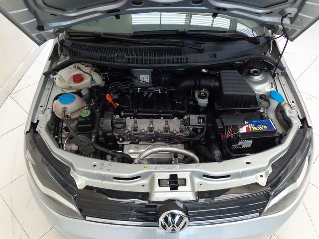 Volkswagen Voyage Highline I-Motion 1.6 Total Flex - Foto #9