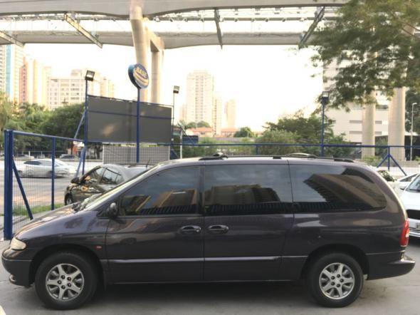 Chrysler Caravan Le 3.3 Aut - Foto #3