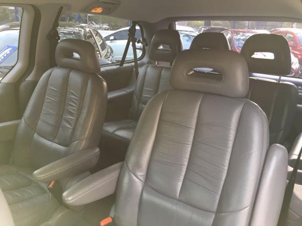 Chrysler Caravan Le 3.3 Aut - Foto #7