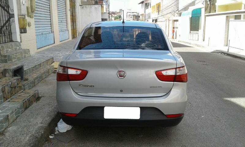 Fiat Grand Siena Attractive 1.4 (Flex) - Foto #4