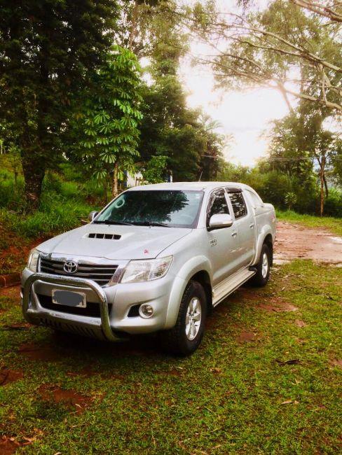 Toyota Hilux 3.0 TDI 4x4 CD SRV Auto - Foto #3