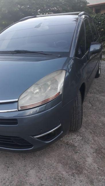 Citroën C4 Picasso 2.0 16V Exclusive (Aut) - Foto #2