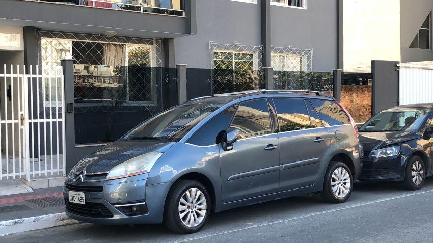 Citroën C4 Picasso 2.0 16V Exclusive (Aut) - Foto #5