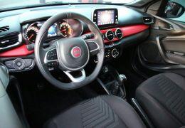Fiat Argo HGT 1.8 E.Torq (Flex) - Foto #9