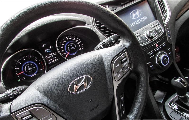 Hyundai Santa Fe 3.3L V6 4x4 (Aut) 5L - Foto #3