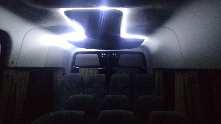 Mercedes-Benz Sprinter 415 CDI Van Luxo TA - Foto #6